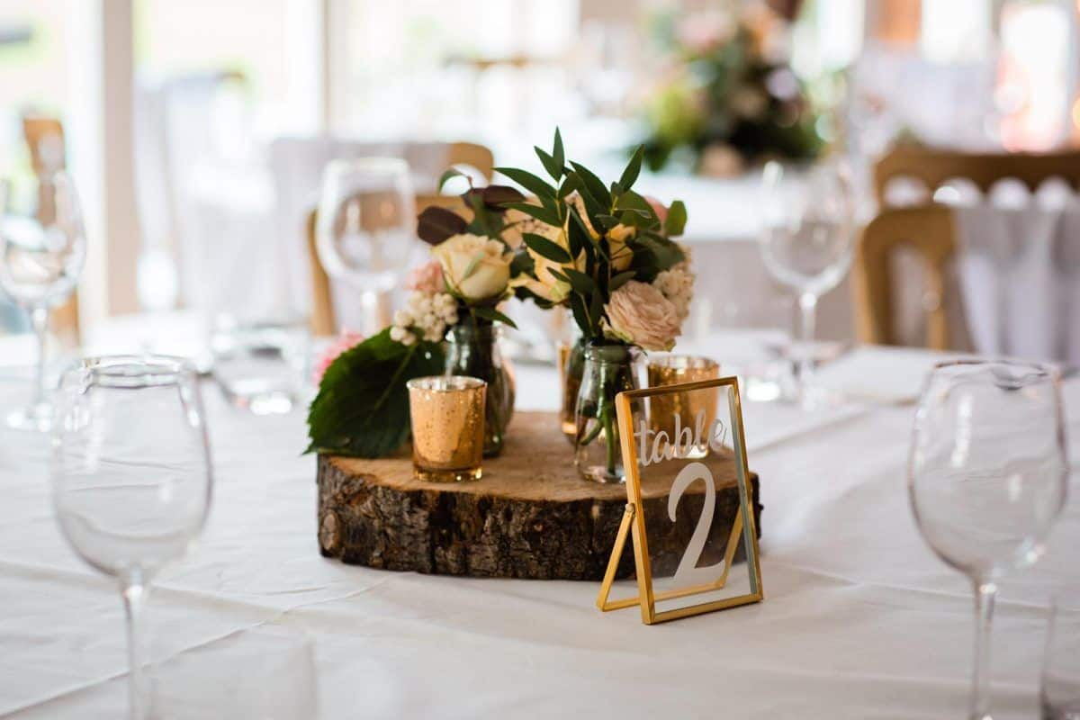 rustic log slices for hire