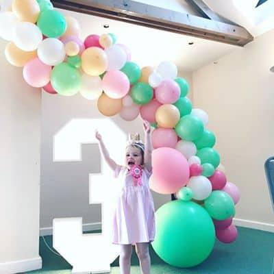 Large balloon garland
