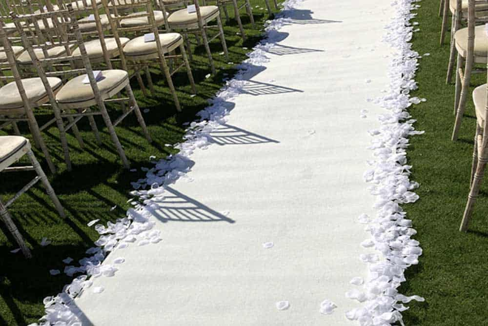 white wedding isle runner