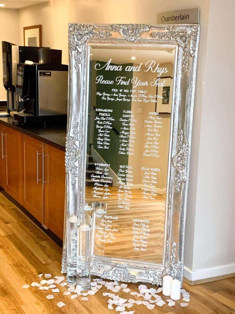 silver mirror table plan
