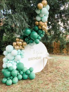 jungle balloon backdop